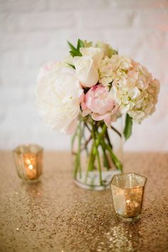 We cant get enough of the weddings sent our way by La Belle Fleur Events. Theyre always so pretty. Heres a modern industrial-glam Chicago wedding at Room 152 Wedding Table Centerpieces, Wedding Flower Arrangements, Table Arrangements, Floral Centerpieces, Floral Arrangements, Wedding Decorations, Centerpiece Ideas, Centrepieces, Mod Wedding