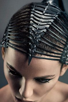 YVY x PKHC Headpiece Collaboration of leather designer Yvonne Reichmuth of YVY and hairstylist Pablo Kümin. Photography Christoph Köstlin