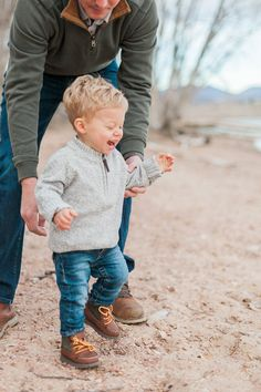 Morning Family Portraits mid-fall in Denver, Colorado near Highlands Ranch