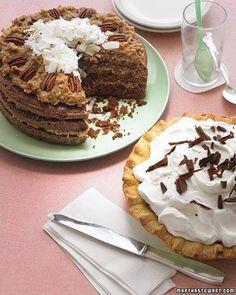 bolo de chocolate com recheio de coco e nozes