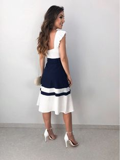 Moda fashion glamour midi skirts Ideas for 2019 Beautiful Casual Dresses, Elegant Outfit, Stylish Dresses, Cute Dresses, Short Dresses, Fashion Dresses, Jw Mode, Pakistani Outfits, Classy Women