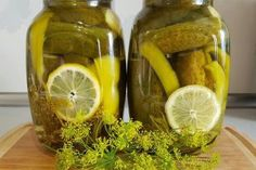 Salty Foods, Pickles, Cucumber, Food And Drink, Cooking Recipes, Canning, Drinks, Pickling, Lettuce Recipes
