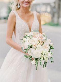 Classic bridal bouquet | Photography: Justine Milton