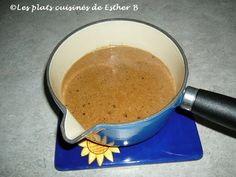 Les plats cuisinés de Esther B: Sauce au poivre Sauce Au Poivre, Sauces, Mets, Garlic Press, C'est Bon, Esther, Steaks, Dressing, Spice