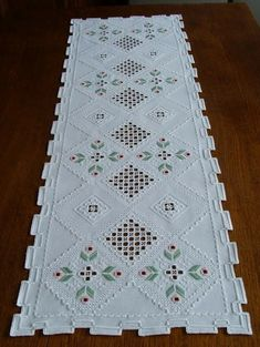 Hardanger Embroidery, Learn Embroidery, Embroidery Patterns, Floral Embroidery, Bargello, Cross Stitch Flowers, Ravelry, Needlework, Bohemian Rug