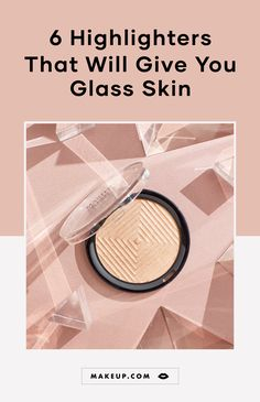 Glass skin is all the rage, which is why you need these six glass skin highlighters in your makeup bag. Best Highlighter, Fan Brush Makeup, Eye Makeup Brushes, Drugstore Makeup, Makeup Cosmetics, Wooden Makeup Organizer, Metallic Matte Lipstick, Makeup Artist Tips, Top