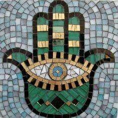 Hamsa, Hand of Mary, Hand of Fatima . cute for bathroom decorations Ying Yang, Hamsa Art, Mosaic Wall Art, Paper Mosaic, Mosaic Tiles, Hand Of Fatima, Mosaic Projects, Mosaic Designs, Art Plastique