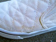 白いスニーカーを洗ったら黄ばんだ!原因と正しい洗い方&汚れ防止 | 春夏秋冬を楽しむブログ
