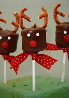 Christmas sweets that even the tweens can help make... - CafeMom Mobile
