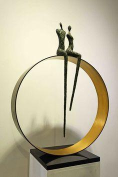 Modern Sculpture, Abstract Sculpture, Terracotta, Creations, Bronze, Good Things, Skinny Legs, Mirror, Metal