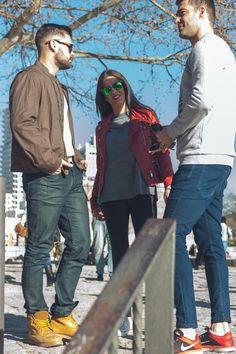 Henzo - Gafas de sol unisex, fabricadas a mano, con montura de madera de Nogal y lentes GREEN REVO polarizadas con protección UV400. Precio: 49.99 euros. #gafasdesol #madera #Henzo #amarantto