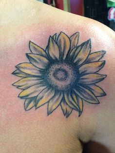 colors... less bright yellow and more natural orange and yellow. like the flower not the middle.