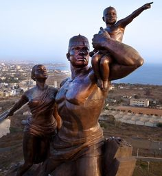 the worlds most massive monuments, AFRICAN RENAISSANCE MONUMENT