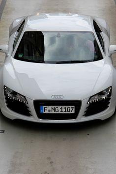 Audi R8 V8 http://www.pinterest.com/emmagangbar/boards/