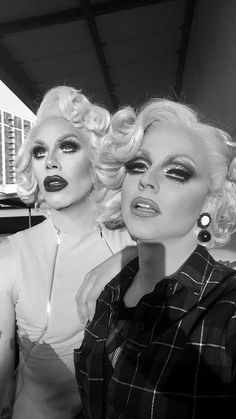 Sharon Needles, Courtney Act (season 6)