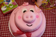 Wonderfully Made: Pig Cake Fondant Tutorial Shows You How To Make Your Own Pig Cake!!