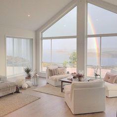 Preciosa casa noruega en un entorno de ensueño (via Bloglovin.com )