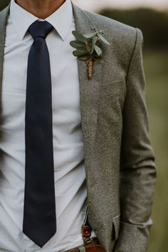 How to Make Your Wedding Feel Like Fall (No Matter the Season Cold-weather grooms style inspiration Fall Wedding Suits, Wedding Men, Wedding Ideas, Gothic Wedding, Vintage Wedding Suits, Vintage Groom, Wedding Planning, Mens Outdoor Wedding Attire, Mens Wedding Looks