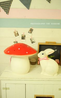 toadstool and rabbit lamps by Heico / Egmont Toys #bunnyinabow