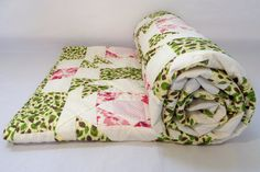Vintage Handstitched Quilt  Green leaves by AudreysCollectibles