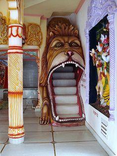 Inside a funky Hindu temple - Baghsu / India