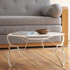 You might not believe the fact that only a metal sheet just 3 mm thick has been used to shape up this beautifully carved Loll Lounge Coffee Table.