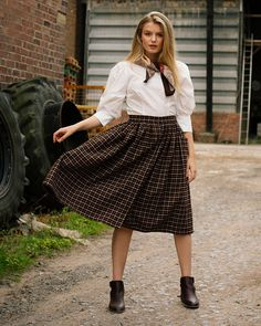 'Adalene' is back and available in a amber check design. Perfect for the upcoming Autumn season. Victory Roll Hair, Victory Rolls, Flare Skirt, Midi Skirt, Tweed, Swing Rock, Roll Hairstyle, Swing Skirt, Tie Blouse