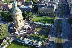 Luftaufnahme vom Stadtfest am Wasserturm 2014. Fotograf: Gundolf Frost