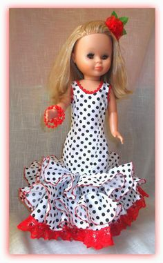 Sewing for Nancy, plus other dolls: Tutorial flamenco dress for Pepa or Nancy Barbie Sewing Patterns, Doll Dress Patterns, Clothing Patterns, Pretty Dolls, Cute Dolls, Beautiful Dolls, American Girl Crafts, American Doll Clothes, Vestidos Nancy