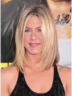 Hottest Buy for these days. Jennifer Aniston like wig. Wigsis offers the latest Hairstyles Blonde Lace Front Shoulder Length Jennifer Aniston wigs for her fans. Dress up youself as a celebrity. Medium Bob Hairstyles, Straight Hairstyles, Latest Hairstyles, Amazing Hairstyles, Bob Haircuts, Drew Barrymore Haare, Beige Blonde Hair Color, Medium Hair Styles, Short Hair Styles