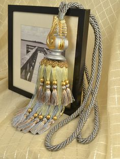 3 Colors QYM15 Faux Silk and Resin Curtain Tassel Tie Backs in Gray Color
