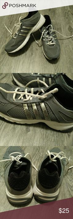 Adidas Running Shoe GUC! Still in great condition. Extremely comfy and true to size. Selling because I got new exercise shoes. Still tons of life left in these. The metallic on the outside stripes is coming off as seen in picture 2. Priced accordingly. ad