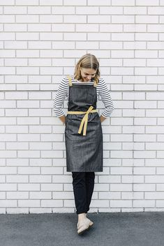 Cargo Crew High Performance Aprons | Fight the Fade™️ Aprons | These aprons are incredibly durable, yet lightweight. The Henry Apron in Charcoal gives the appearance of a Denim Apron, yet wont fade for over 100 washes.