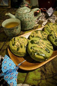Green tea scones