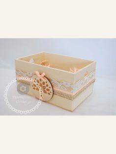Κουτί μαρτυρικών χειροποίητο στολισμένο με μπεζ - σομών και δέντρο ζωής