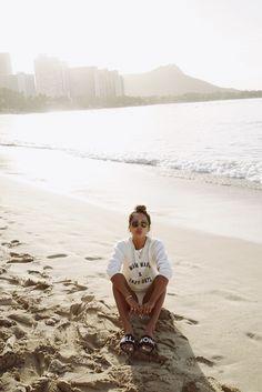 Julie Sariñana in Hawaii