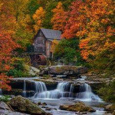 Casa escondida na natureza !!! (64 pieces)