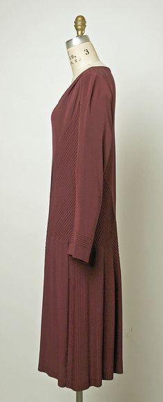 Madeleine Vionnet Dress 1926-7 // Costume Institute MMA C.I.45.103.2 // Materials: Silk // Credit: Gift of Mrs. Aline Bernstein,1945