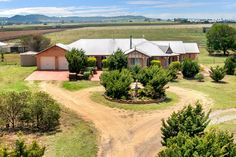 Horse Property for Sale in Wyreema, Queensland County. Rarely do lifestyle properties of this calibre, with the infrastructure this one has, come on the market. 20.5 acres, quality 4 bedroom brick Arden Vale home, huge infrastructure for horses on this property and lastly with development potential possibly in the future, you need to act now!!!