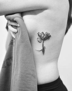 X-ray flower by Dragon Subtle Tattoos, Side Tattoos, Forearm Tattoos, Sleeve Tattoos, Tatoos, Flower Tattoo On Side, Flower Tattoo Shoulder, Flower Tattoos, Tatoo Art