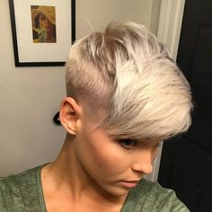 50 Women's Undercut Hairstyles to Make a Real Statement Edgy Short Hair, Short Hair Cuts, Short Hair Styles, Undercut Hairstyles, Pixie Hairstyles, Cool Hairstyles, Undercut Pixie, Bridal Hairstyles, Pelo Pixie