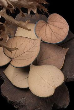 Black Cat Pottery: Leaves - Lots of 'em