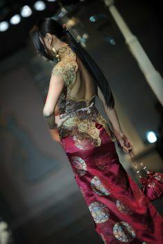 Indonesian Kebaya, Batik Kebaya, Brokat, Lifestyle Blog, Sari, Ootd, Wonder Woman, Elegant, Womens Fashion