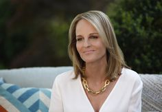 Helen Hunt in Shots Fired Helen Hunt, You Mad, About Hair, Hollywood Actresses, Hair And Nails, Persona, Movie Stars, Beautiful Women, Glamour