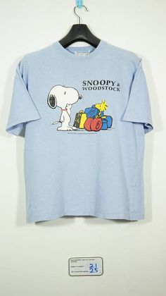 14627d392 Vintage 80s/90s Snoopy And Woodstock Cartoon Peanuts T shirt Size Medium / snoopy  shirt