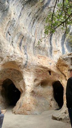 Les Eyzies-de-Tayac ~ Aquitaine ~ Dordogne ~ France ~ Entrance to the Grotte de Font-de-Gaume.