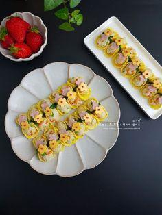 K Food, Cute Snacks, Flower Food, Food Decoration, Aesthetic Food, Korean Food, Food Design, Japanese Food, Food To Make