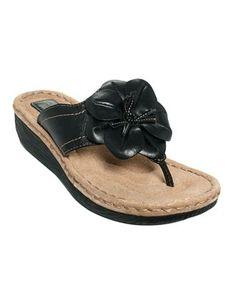 clarks flip flops flower