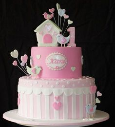 birdie cake by judy cakes, via Flickr
