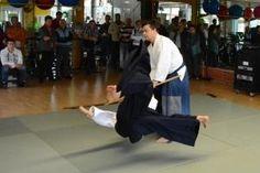 Aikido Vorführung (Embu) im Rahmen des Tags der Offenen Tür im FitFive in Walding 2013 - Kotegaeshi mit Jo